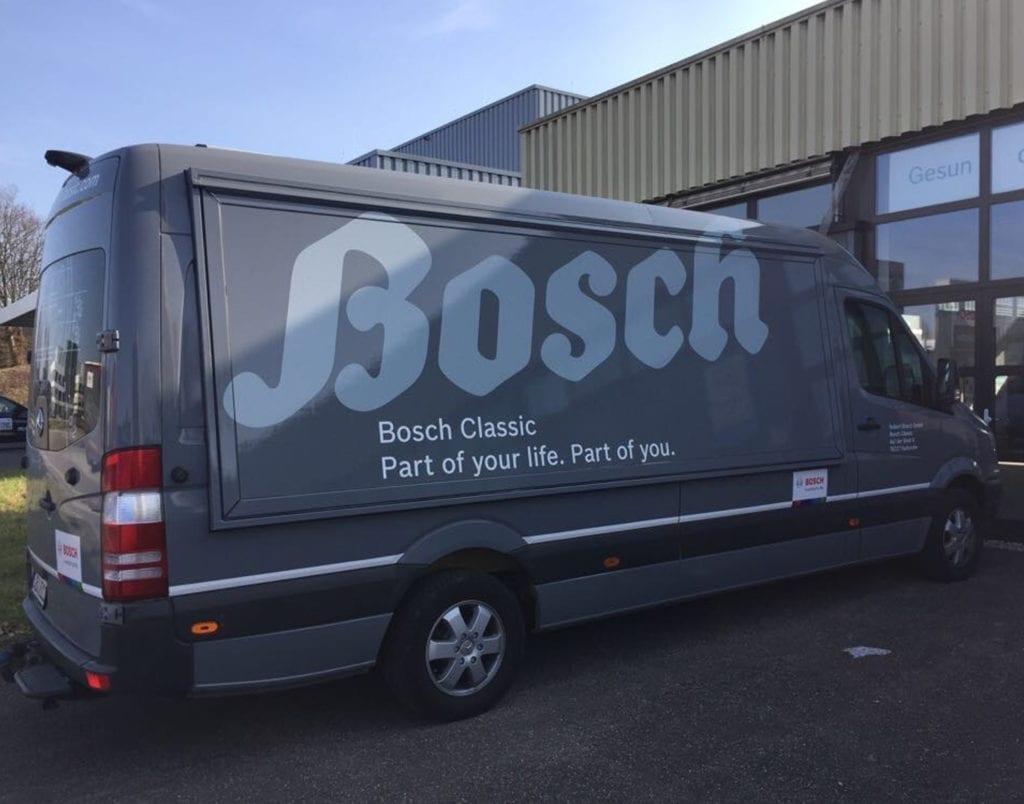 Transporter mit Bosch Classic Branding