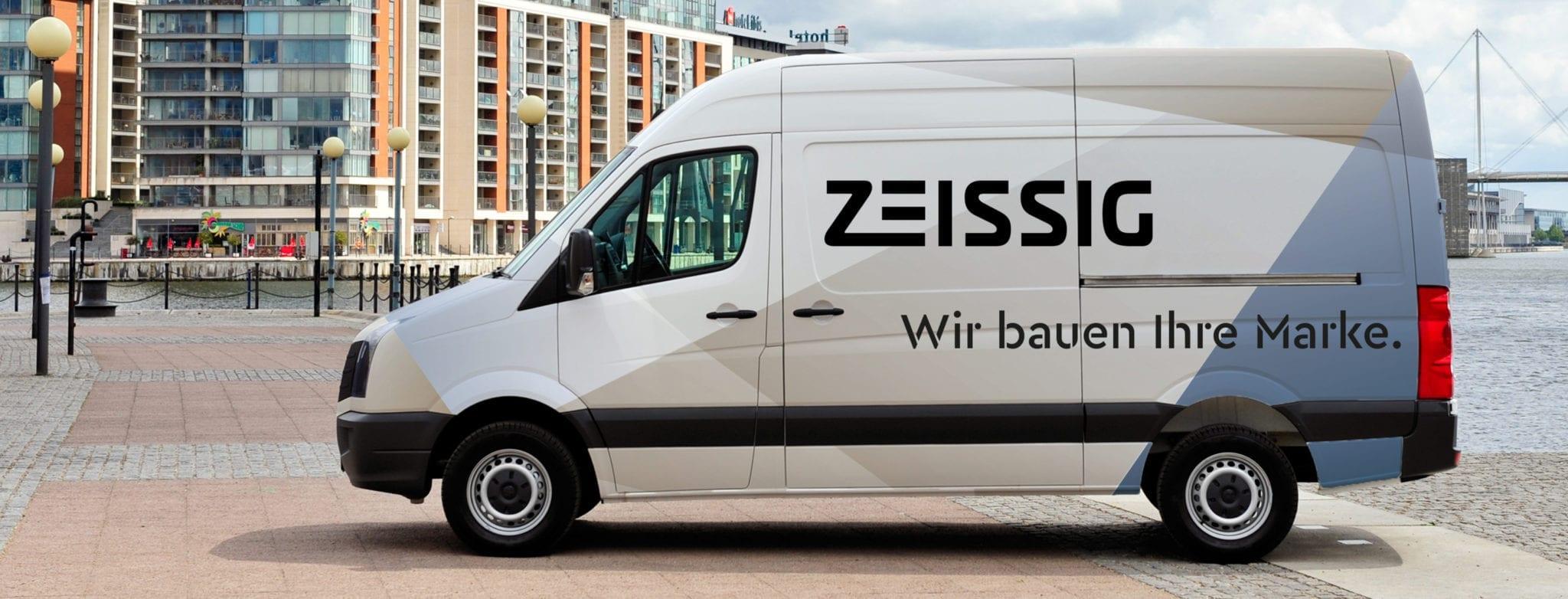Transporter mit Zeissig Branding