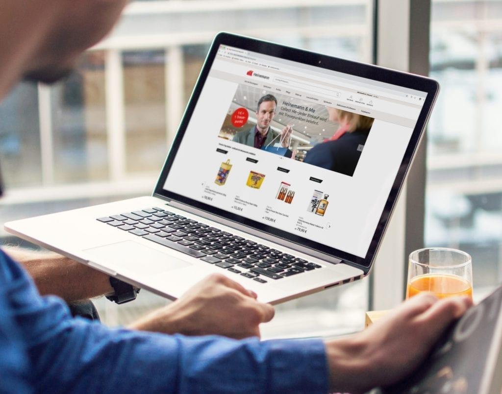 Heinemann webdesign auf Macbook