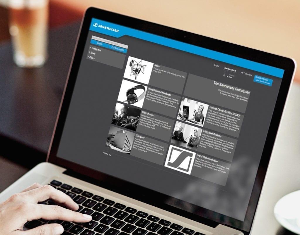 Sennheiser Webdesign auf Macbook