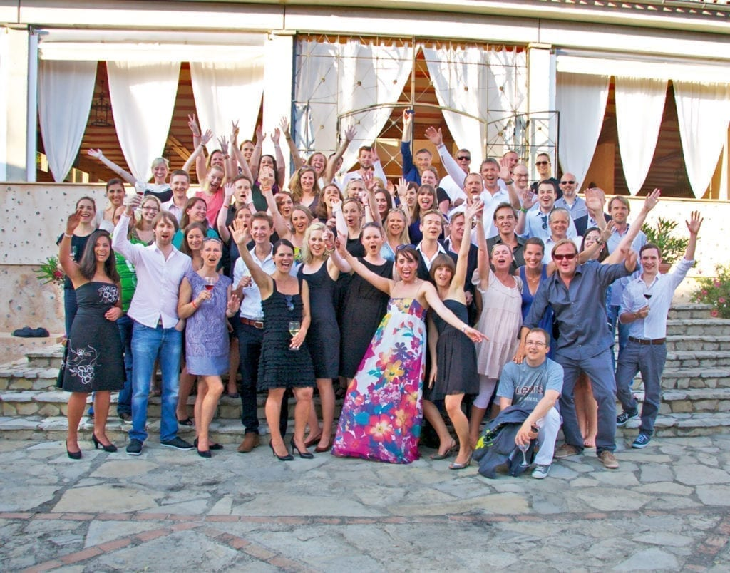 Group photo of Syndicate employees for the 20th anniversary