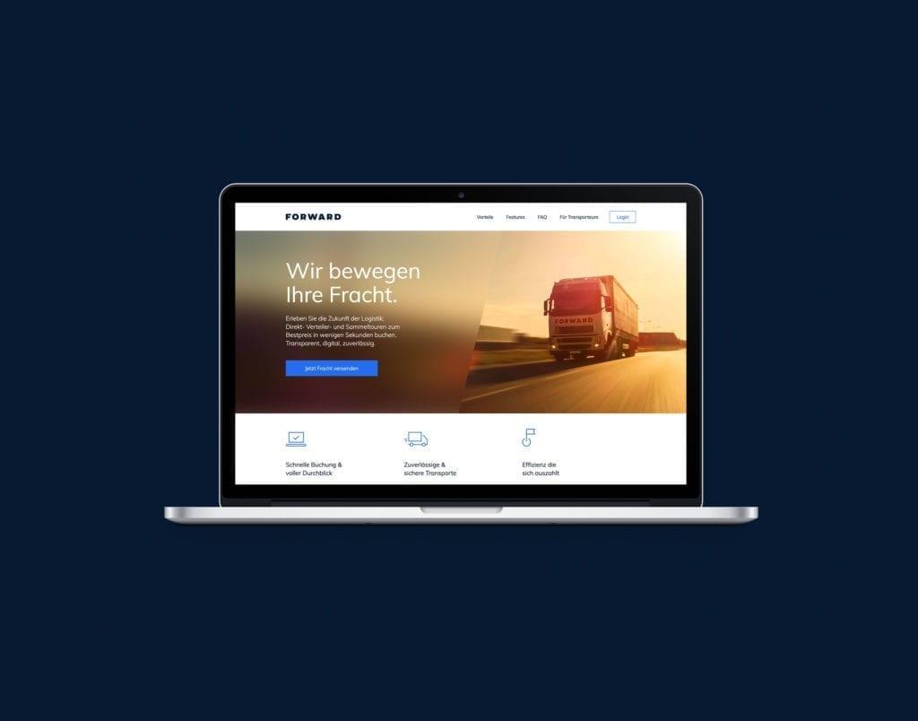 Forward Web Design auf MacBook