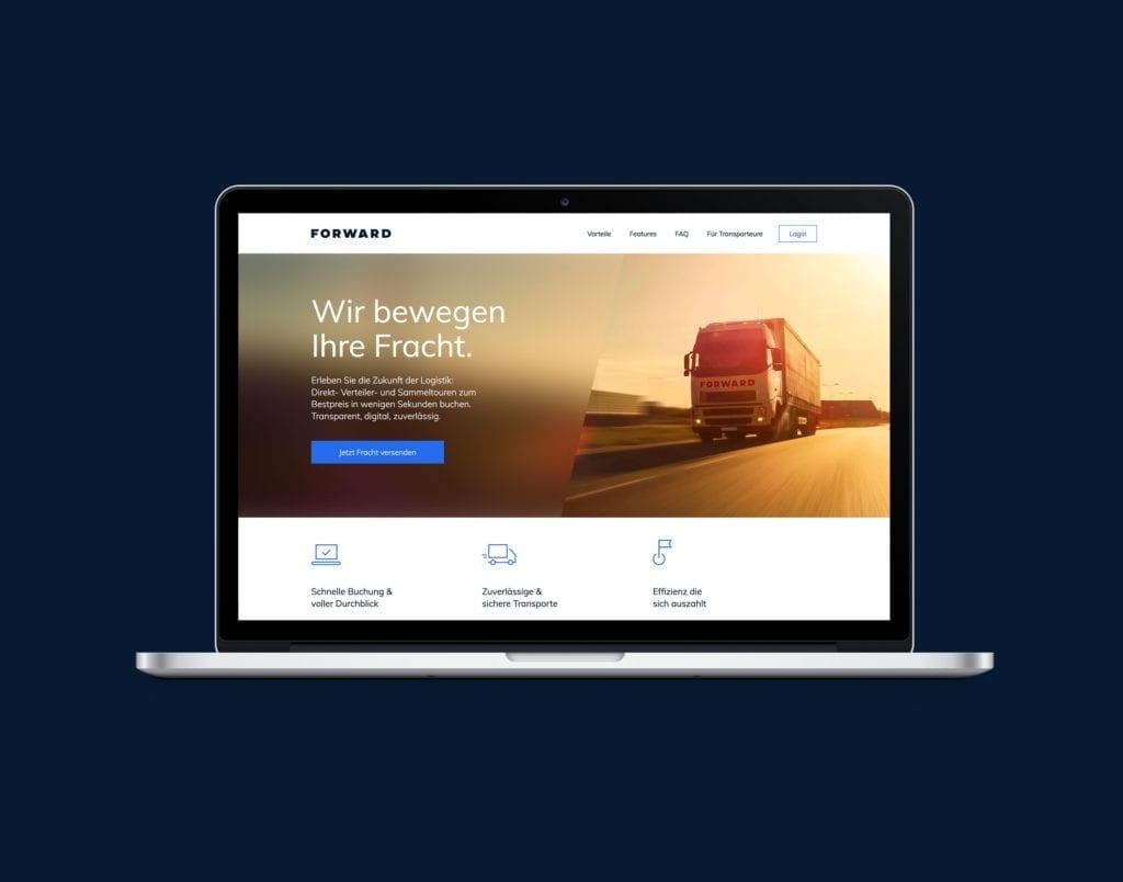Forward Webdesign Startseite auf Macbook